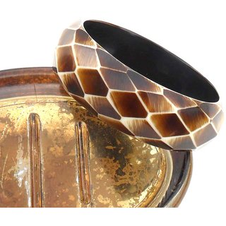 Trendy Faceted Bangle