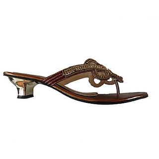 Shoppingbaaz Stylish Golden Women's Slippers