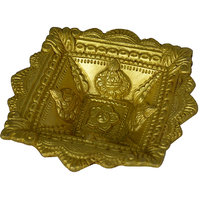 Diya, Dipak, Deepak, Deepam Big Size Brass Made With 10 Pcs Candle By Aakrati