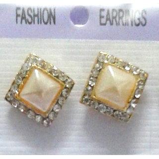 Fancy Cream Earrings - 10031