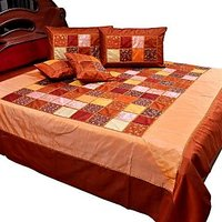 UFC Mart Colorful Chess Design Silk Double Bedcover Set