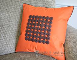 Easy decorative cusion tutorials