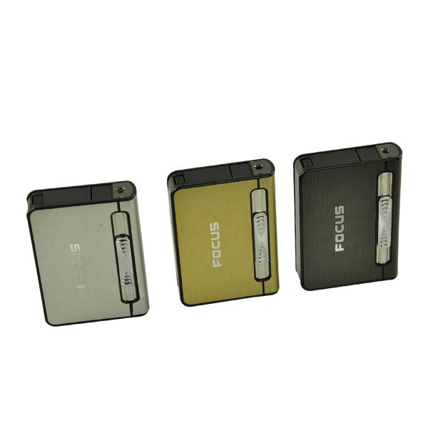FOCUS Compass 10 Cigarette Case 2 in 1 with Free Lighter  PIA INTERNATIONAL