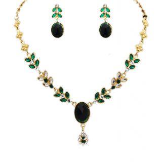 14Fashions Green & White Kundan Necklace Set - 1100202