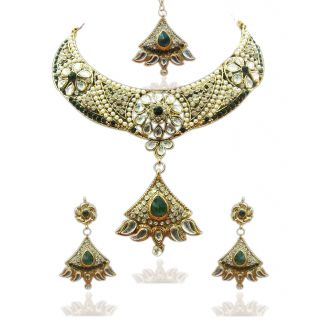 Kriaa Festive Necklace Set in Green with Maang Tikka - 1100614