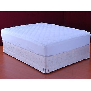 FMP00270_78 Peach Finish Quilted Mattress Protector with skirting (Indigo Collections)
