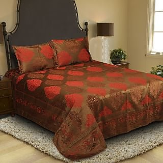 Natraj Roman-01-Brown_Maroon: Double Bed Cover with 2 Pillow Cases