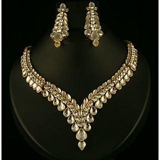 Kriaa Pretty Necklace Set in White  -  2100410