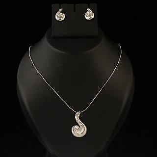 Kriaa Pretty White Chain Pendant Set  -  2101106