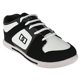 Armado Footwear