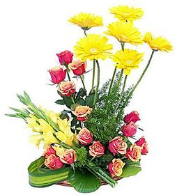 Special Basket of Roses Gerbera n Glads