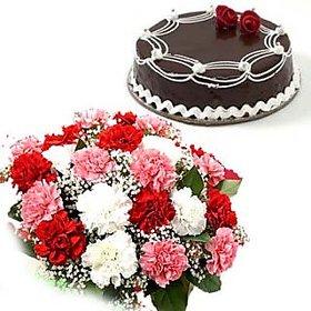 Fresh Carnation Bunch n Chocolate Cake Flower