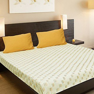 Designer White and Bright Double Bed Cover with 2 Pillow Covers