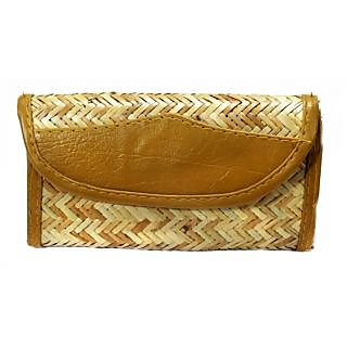 ORIGINAL ASSAMESE BAMBOO SKIN MADE DESIGNER PARSE TYPE-7 (HAND CLUTCH)