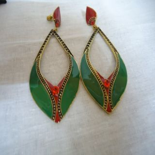 Classic Designer Leaf Green  Maroon Earrings With Beautiful Gold Plating !!