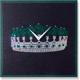 Zeeshaan The Green Crown Wall Clock