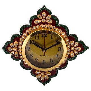 Apeksha Arts Wooden Base And Rubber Sheet Multi Color Hand Made Wall Clock