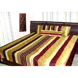 Double Bed Quilt - Maroon Shade Poly Dupion Silk - Ruffle Design