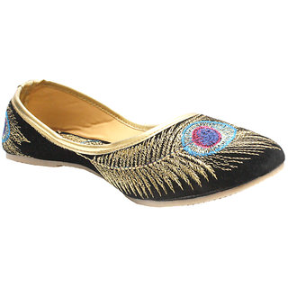 5b971fae745006 Buy Stophere - Krishna Collection Velvet Juti In Black Online   ₹525 from  ShopClues