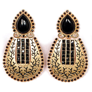 Sunehri Black Earrings