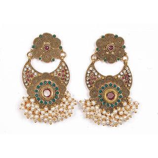 Sunehri Flowers Pattern Pearl Earrings