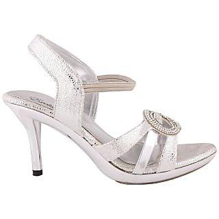 Exotique Women Ethnic Silver Sandal