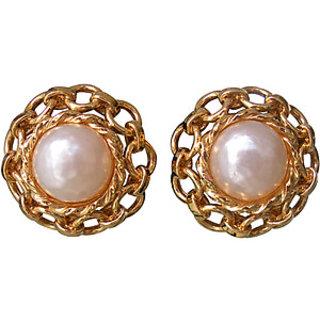 Beautiful Pearl Earrings Off White