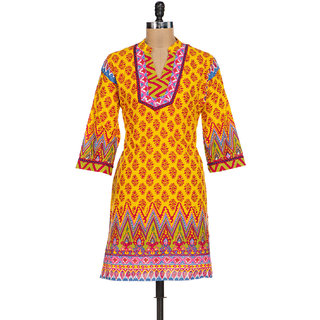 Ladies Beautiful Printed Cotton Kurti Yellow