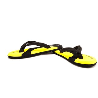 STYLE HEIGHT Men's Black, Yellow Flip Flops