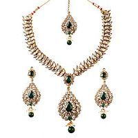 Kriaa Gold Plated Kundan Set in Green - 2200407