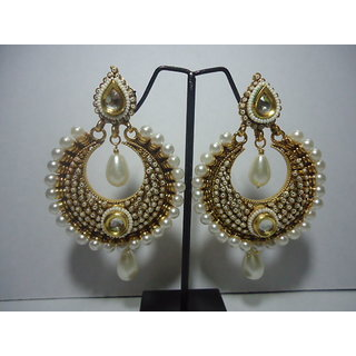 White Sweet Water Earrings with Bold Pearl Accent