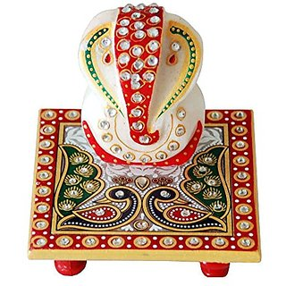 Crafts-Paradise-Marvellous-Marble-Ganesha-Idol-with-Peacock