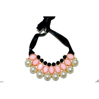 Pearl white neckles With Peach Stone