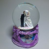 Musical Revolving Dancing Couple Figurine Gift Showpiece in Glass Globe 4 Lovers