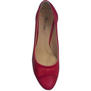 Stylish Women's Red Bellies