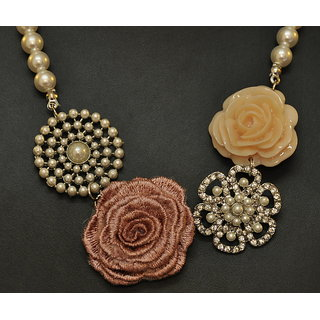 Daffodil Fashion Party Necklace