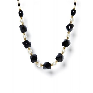 Zurii High Fashion Pearl Necklace