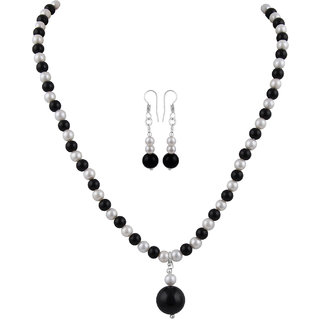 Pearlz Ocean Shell Pearl And Onyx Necklace Set