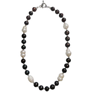 Pearlz Ocean Black and White Freshwater Pearl 18