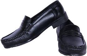 Austrich Black Casual Shoes