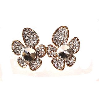 Gorgeous Flower Style White Earrings - 778.2