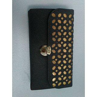 Women's Leather Look Travel Wallet / Clutch