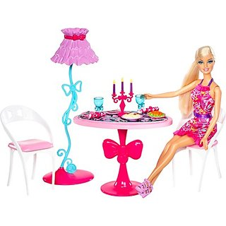 Barbie Glam Dining Room