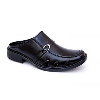 78036d141f05 Best Ventoland Sandals   Floaters Products (2018). Mens Black Slip on ...