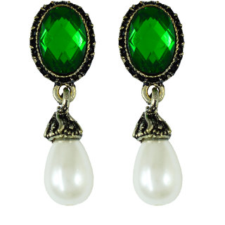 Suvini Charming Drop Earrings With White Pearl