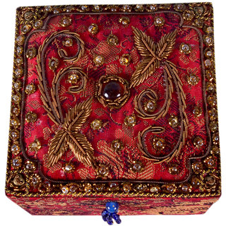 Avinash Handicrafts Jewellery Box in Zari work 4x4x25 inch