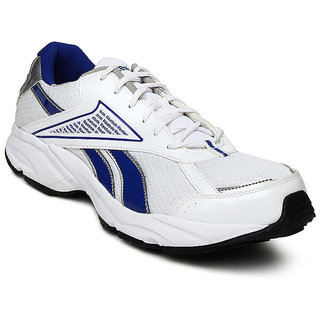 eba644deac1c Buy REEBOK LINEA SPORT SHOES Online   ₹2798 from ShopClues
