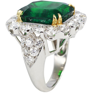 Fashionable Exclusive Solitaire Diamond Ring For Party And Wedding (Design 115)