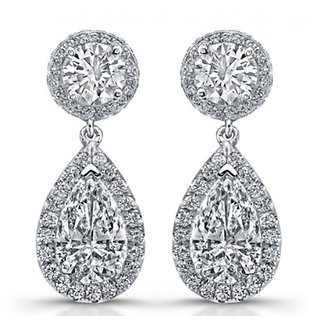 18 Kt Gold Fashionable Exclusive Solitaire Diamond Earring For Wedding Jewelry
