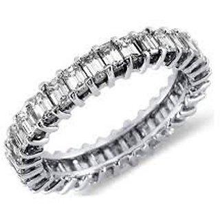 18 Kt White Gold Fashionable Emerald Solitaire Diamond Ring (Design 11)